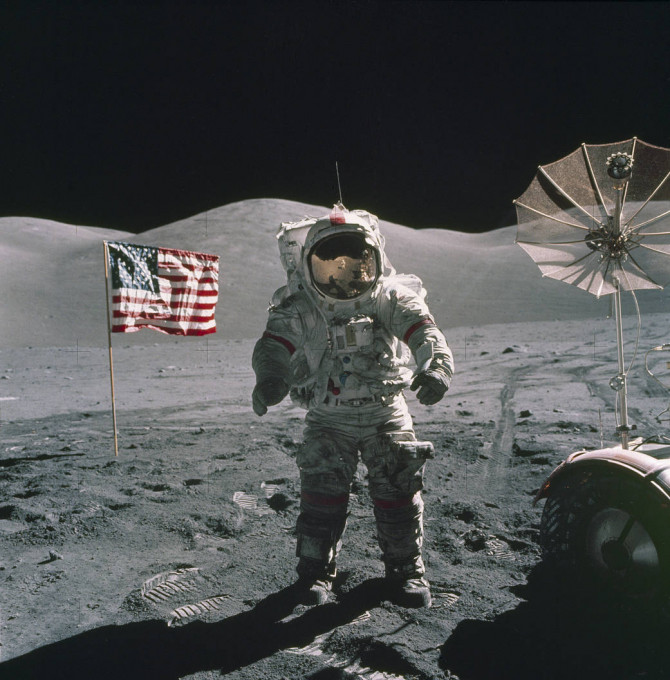 moon landing.jpg