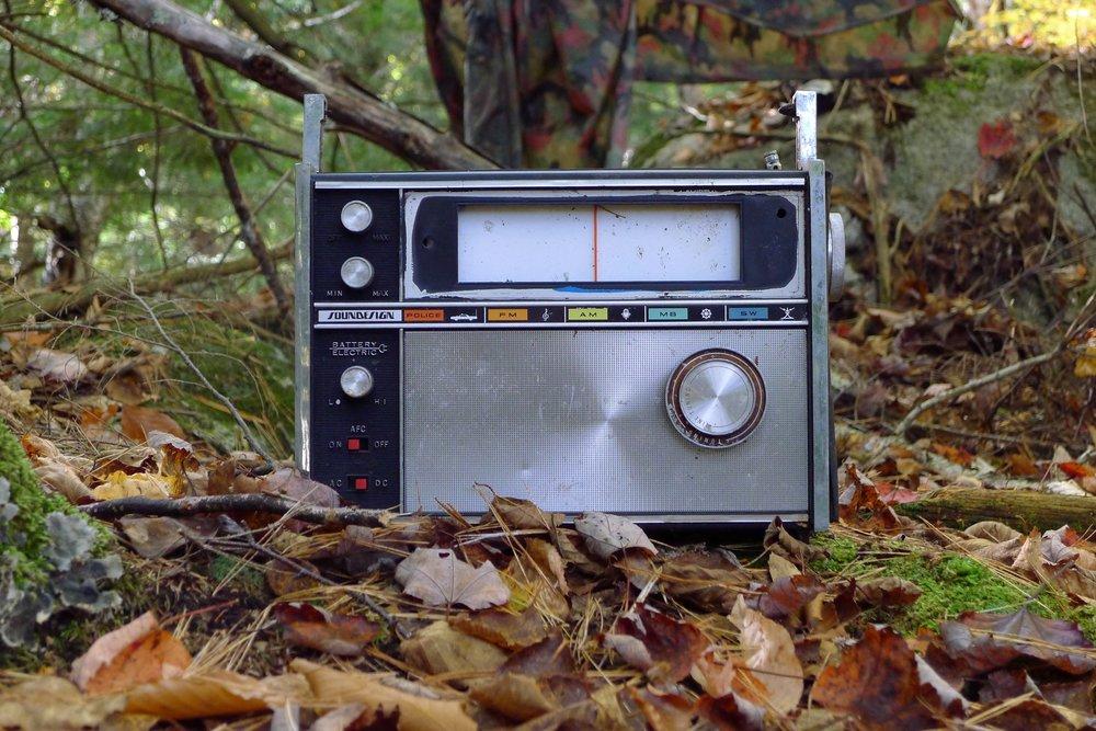 6)Radio.jpg