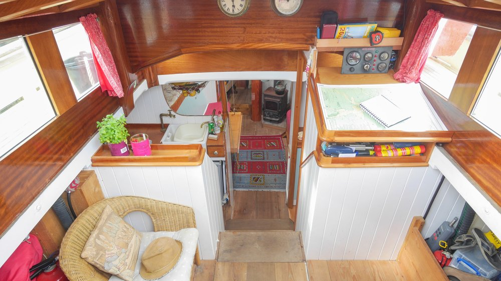 "The deckhouse is spacious and airy, offering protection from the elements                     Normal   0           false   false   false     EN-US   JA   X-NONE                                                                                                                                                                                                                                                                                                                                                                              /* Style Definitions */ table.MsoNormalTable 	{mso-style-name:""Table Normal""; 	mso-tstyle-rowband-size:0; 	mso-tstyle-colband-size:0; 	mso-style-noshow:yes; 	mso-style-priority:99; 	mso-style-parent:""""; 	mso-padding-alt:0cm 5.4pt 0cm 5.4pt; 	mso-para-margin:0cm; 	mso-para-margin-bottom:.0001pt; 	mso-pagination:widow-orphan; 	font-size:12.0pt; 	font-family:Cambria; 	mso-ascii-font-family:Cambria; 	mso-ascii-theme-font:minor-latin; 	mso-hansi-font-family:Cambria; 	mso-hansi-theme-font:minor-latin; 	mso-ansi-language:EN-US;}     © Hugh Hastings"