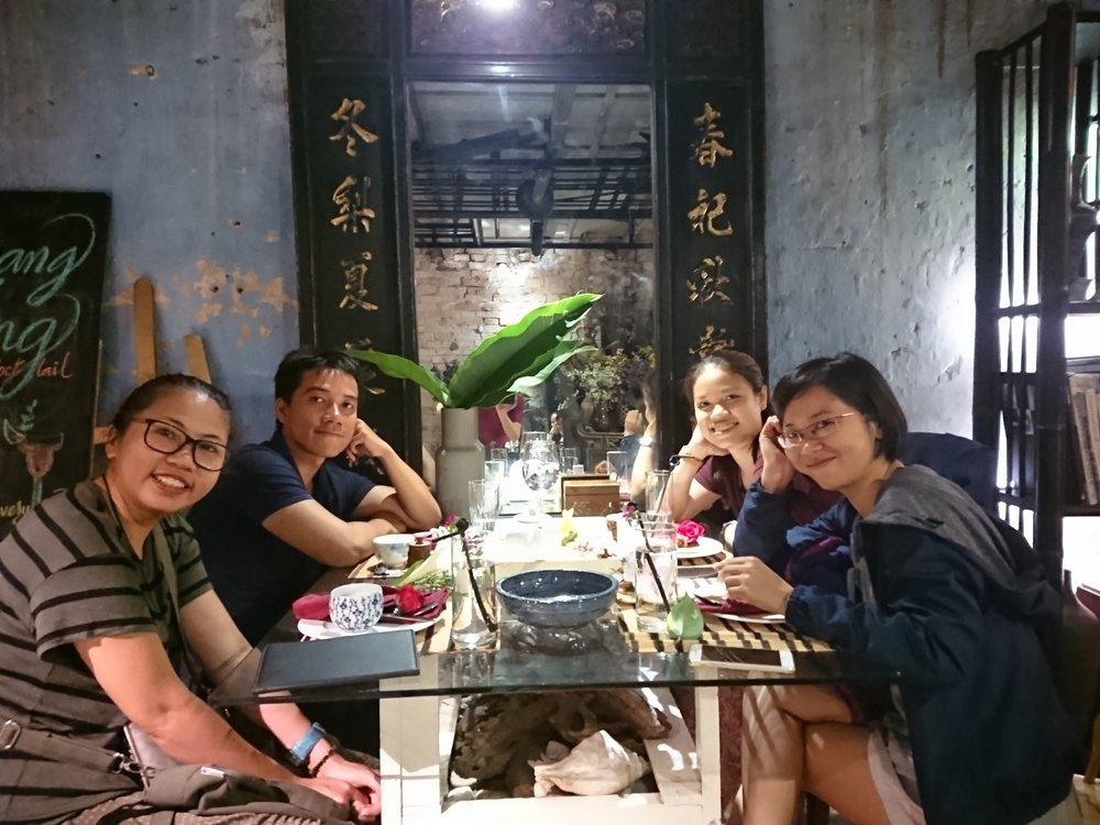 Nudibranch - Vuong Thuy Hanh,Nguyen Dinh Hieu,Hoang Khanh Giang,Nguyen Hoang NguyenVietnam
