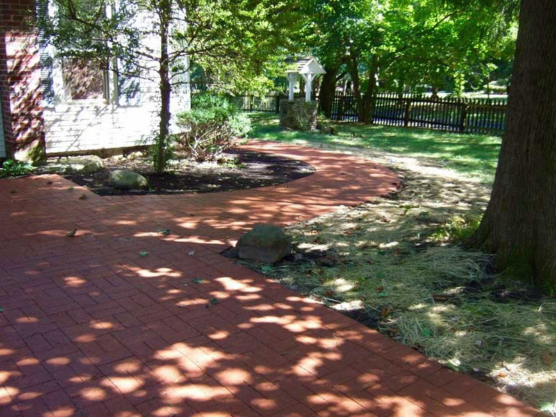 Red brick driveway and walkway in Basking Ridge NJ
