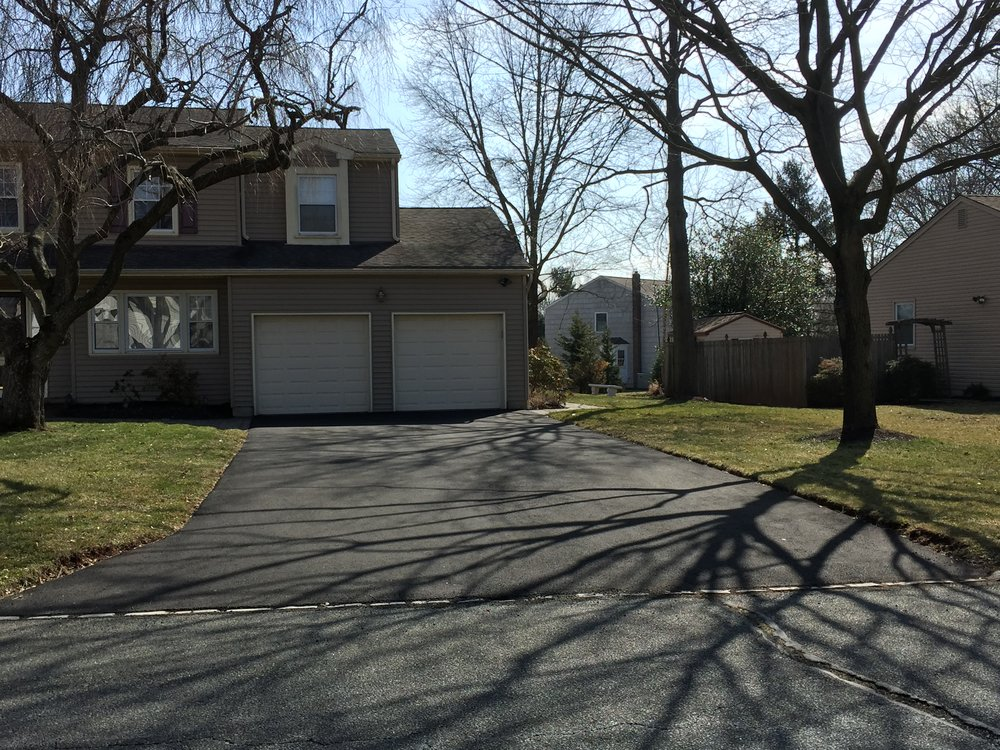 Double Car Driveway Paving and Curbing Contractor in Skillman, NJ