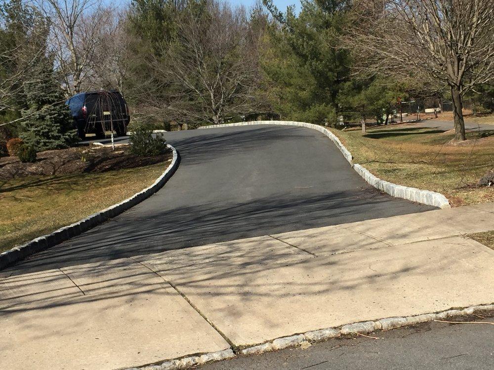 Stone Curbing and Driveway Asphalt Paver in Skillman NJ