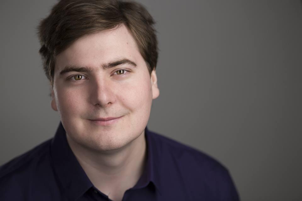 Sam O'Sullivan Actor Headshot.jpg