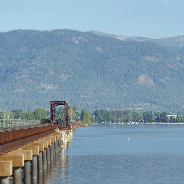 Early morning shoot. . . . . #onlocation #onlocationshoot #idaho #production #film #trains #chasingtrains #bridge #bridges #filmlife #shooting #travel #travelphotography #travelbug #travelgram #northwest #lake #lakeview #lakeside #vista #view #views #lakeponderay #ponderay #sandpoint #pnw #pacificnorthwest