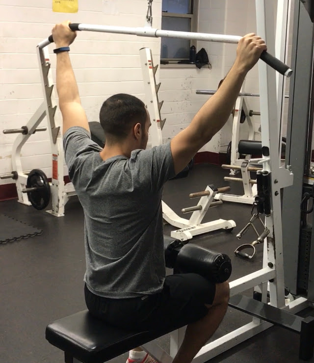 how-to-do-lat-pulldowns