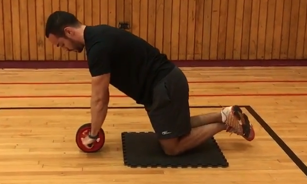 benefits-of-ab-wheel-rollout