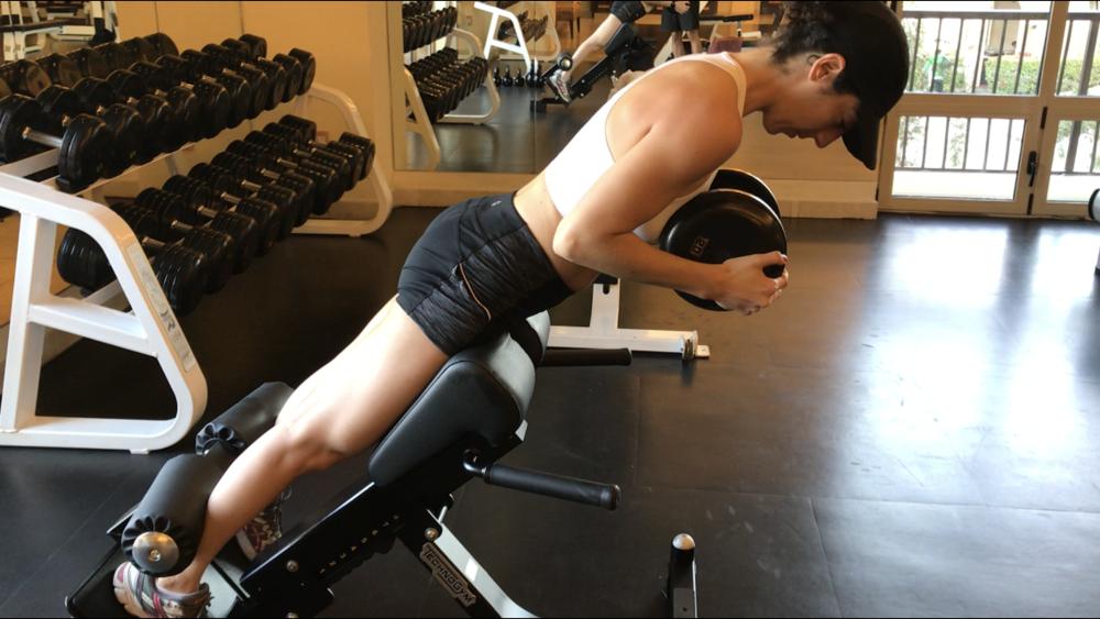 hyperextension-alternative-worst-exercises