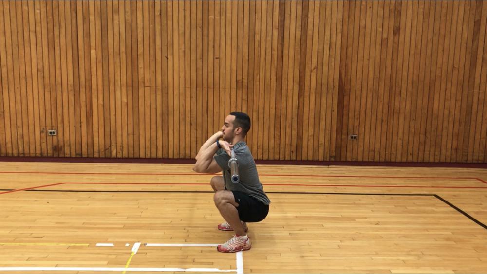 Front-squat-proper-form