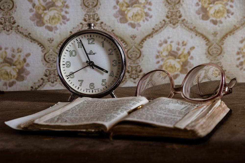 Általában feldolgozatlan veszteségeink az okai annak, hogy nem tudunk a jelenben élni. -