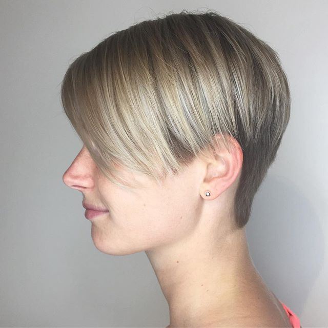 We decided that power suits were out- and power cuts were in! I'm in love with this #claireunderwood inspired look! Cut by me, colour by @anitaclementi ❤️ @loneandco #loneandco . . . . . . #hairstyles #hair #haircolor #haircut #shorthair #nothingbutpixies #blondehair #blondebalayage #toronto #torontohair #torontohairsalon #torontohairstylist #olaplex