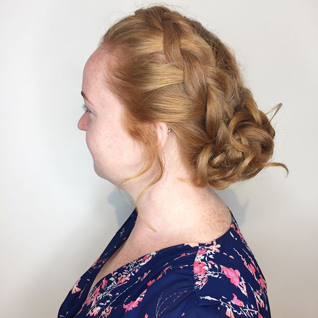 Big braids and messy buns for this lovely bridesmaid!  @loneandco #loneandco . . . . . . . #hair #hairstyles #bridesmaids #bridalhair #wedding #weddinghair #torontobridal #torontobridalhair #toronto #leslieville #riverdale #riverside #braids #updo