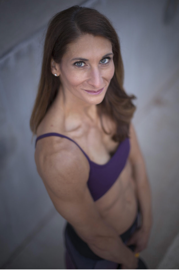 - Stephanie Rogers, the founder of FitFlex Nutrition, is a certified ISSA Specialist in Fitness Nutrition and also has a Precision Nutrition Level 1 certification. She is a wife, mom, and Nutrition and Lifestyle Coach in the South Denver area. Her hobbies are CrossFit, skiing, and creating healthy recipes.Stephanie's passion is helping clients make long-term lifestyle changes that allow them to achieve their nutrition and fitness goals while focusing on balance and moderation, critical steps to establishing a healthy relationship with food. She understands that everyone is unique and works with each client individually to define achievable goals and then creates an individualized plan around those goals.