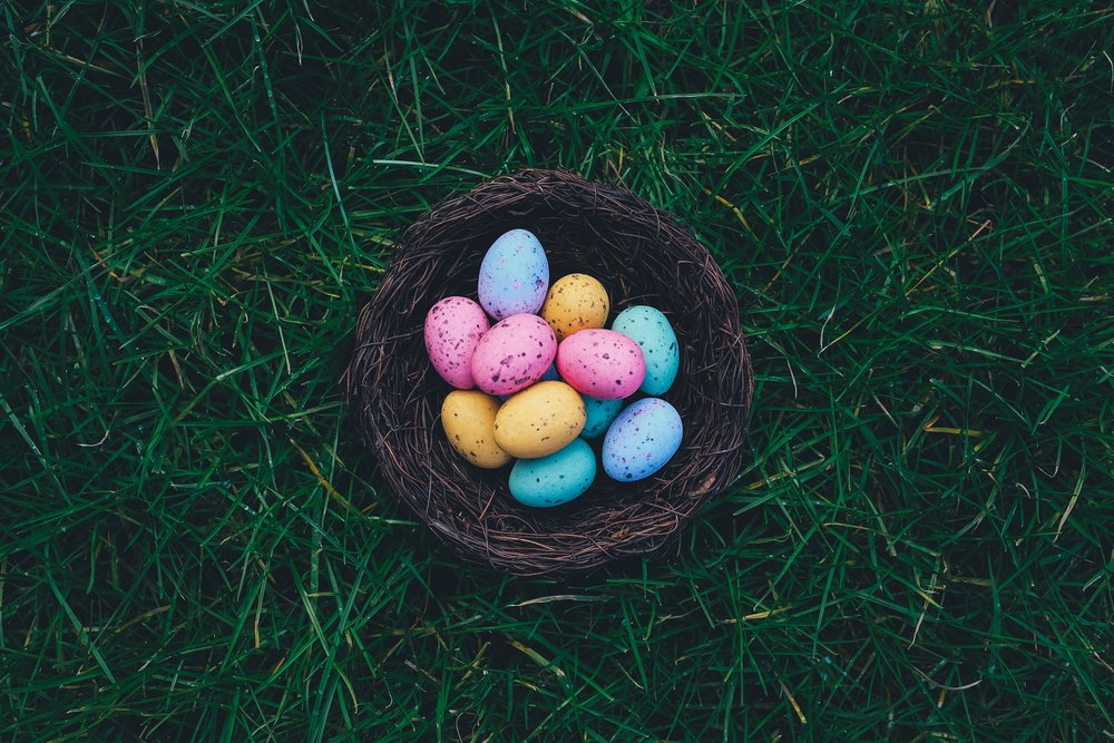 Haven't dyed eggs in years, but if I did, I'd want them to look thus. [Photo by  Annie Spratt  on  Unsplash ]