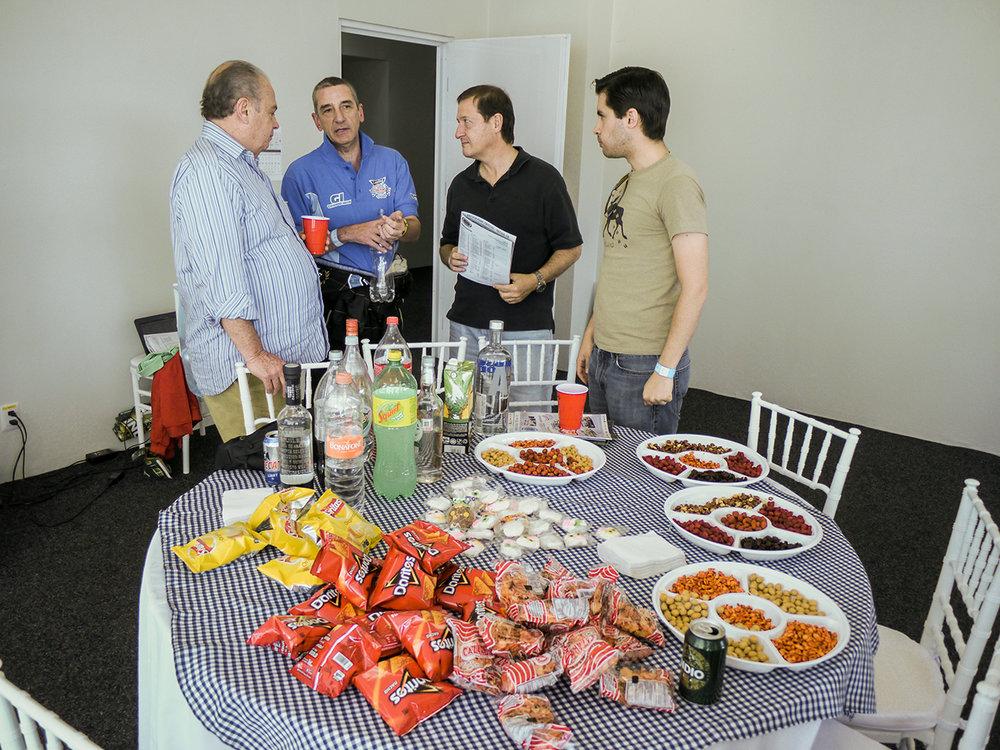 De Rivas with sponsors and friends in between races.