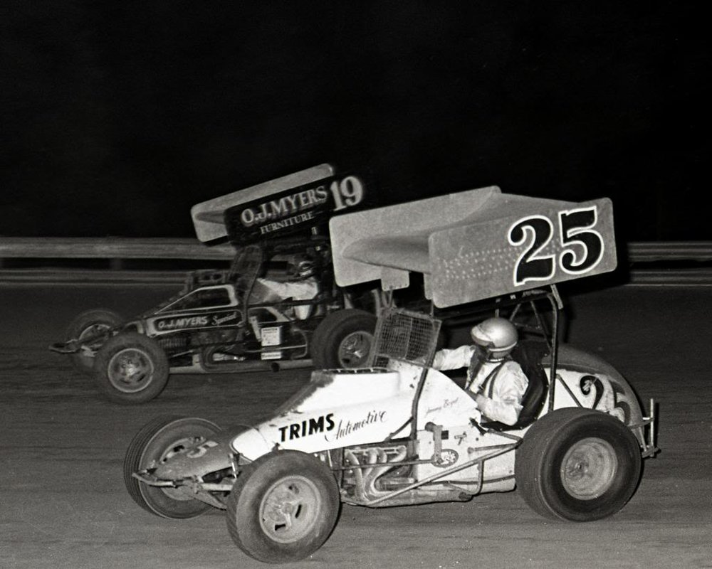 Jimmy Boyd (25) battles with Steve Smith (19) at Williams Grove, 1975. (Boyd family archive)