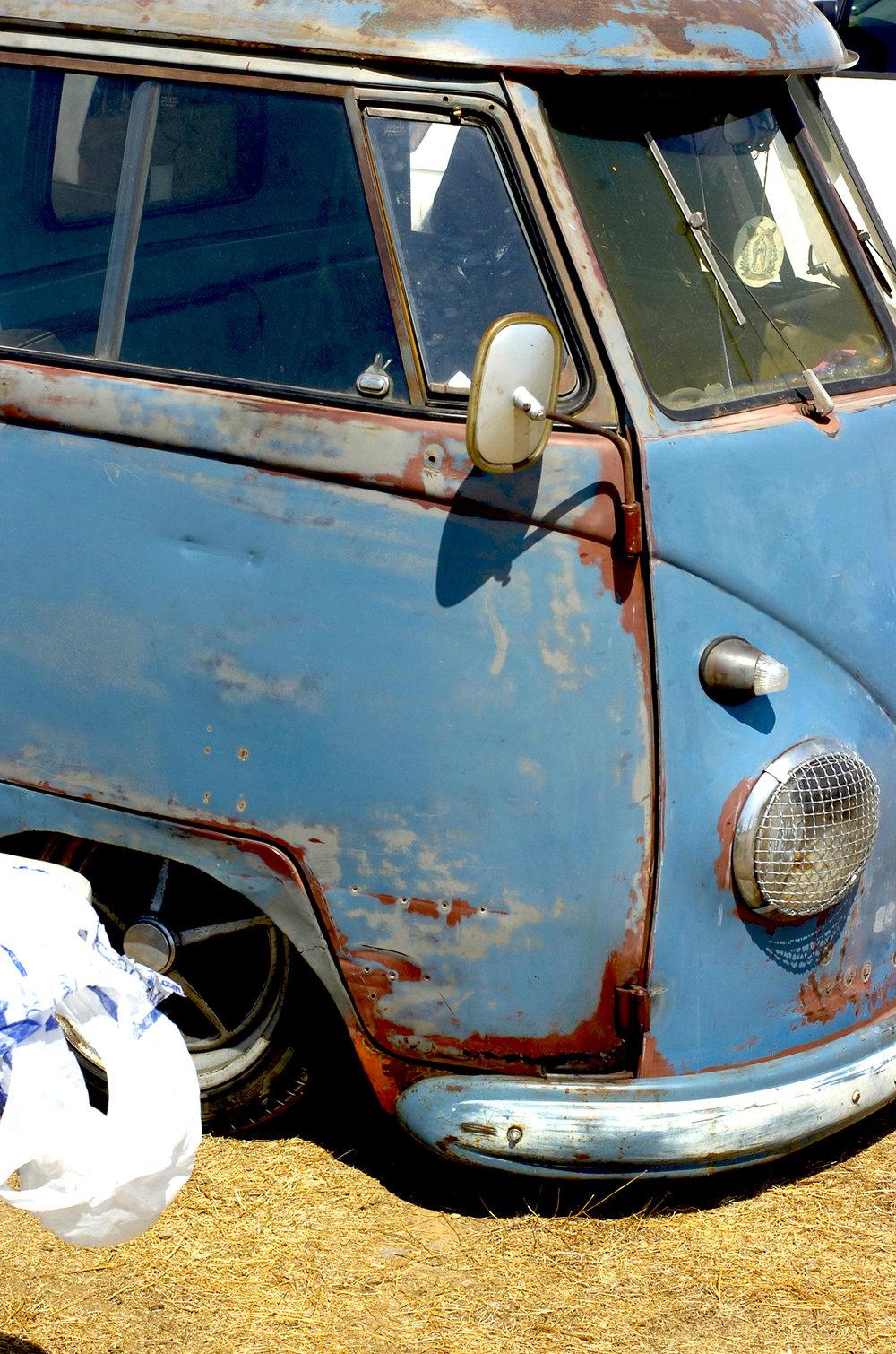 bluedoor0918bugorama.jpg