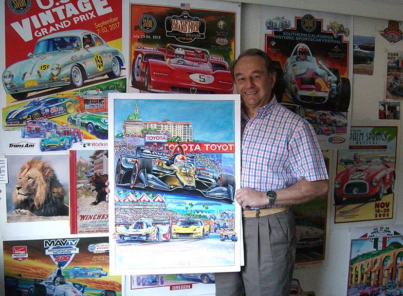Hector Cademartori in his studio with a small sample of his work.  Hector Cademartori en su estudio con algunas muestras de sus trabajos.