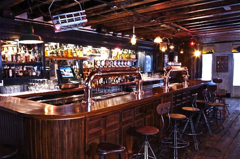 Speakeasy-Bar-Interior-Design-of-Fraunces-Tavern-Restaurant-New-York
