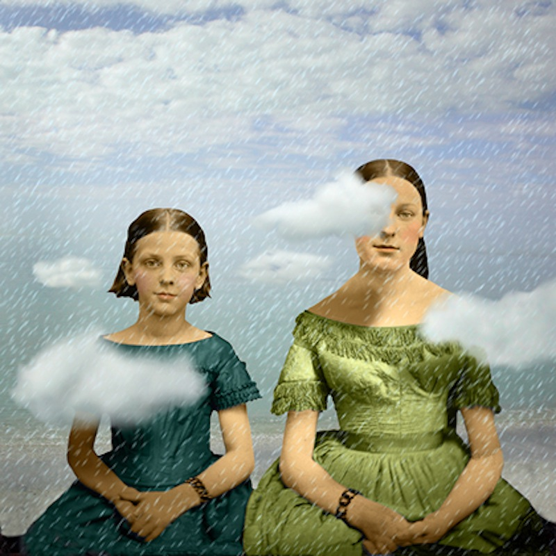 Maggie_Taylor_cloud_sisters