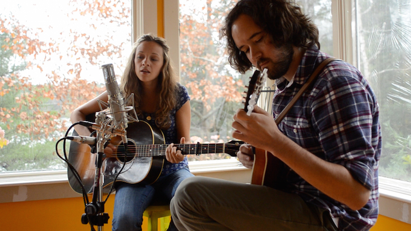 Mandolin Orange performs live for Folk Alley.