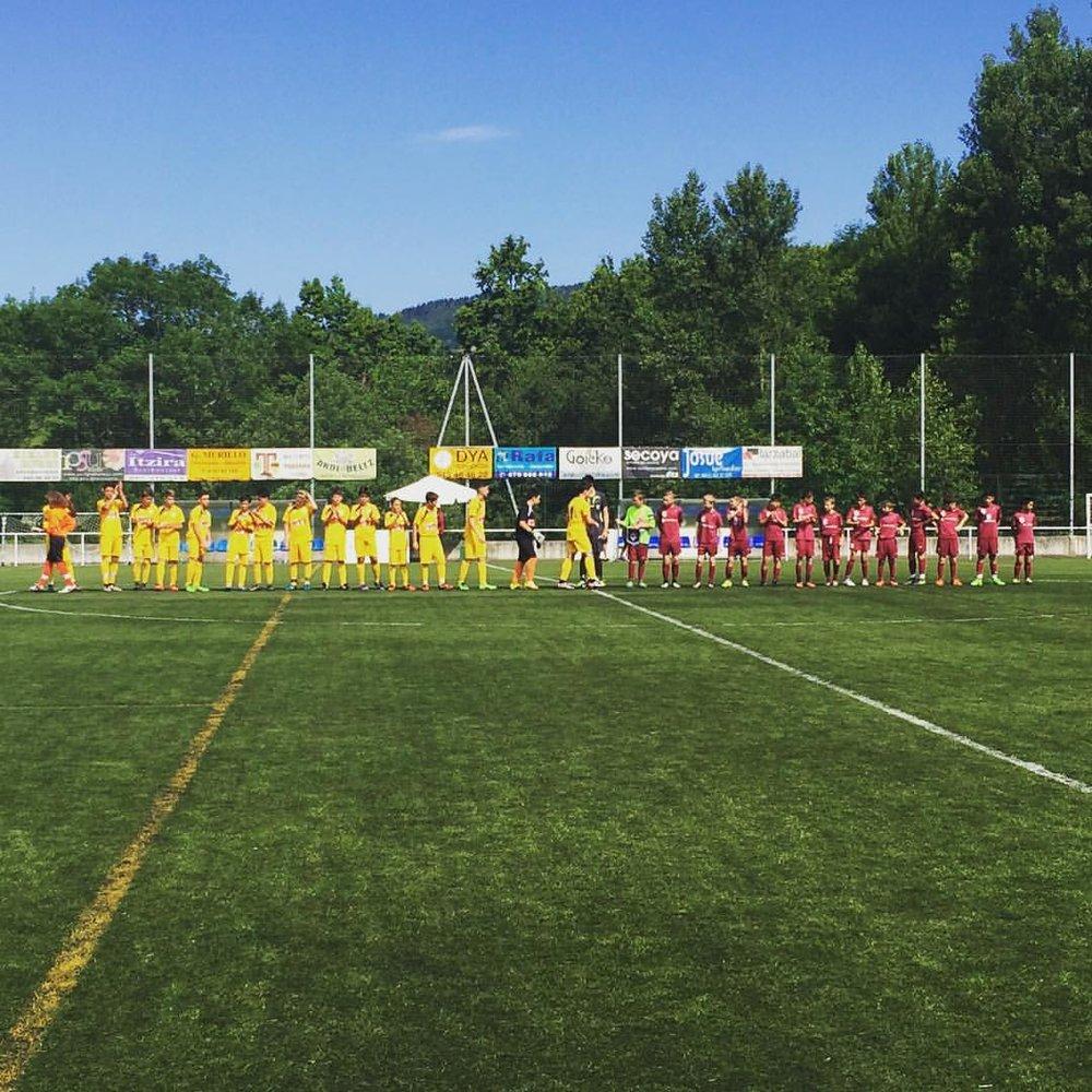 teams line up.jpg
