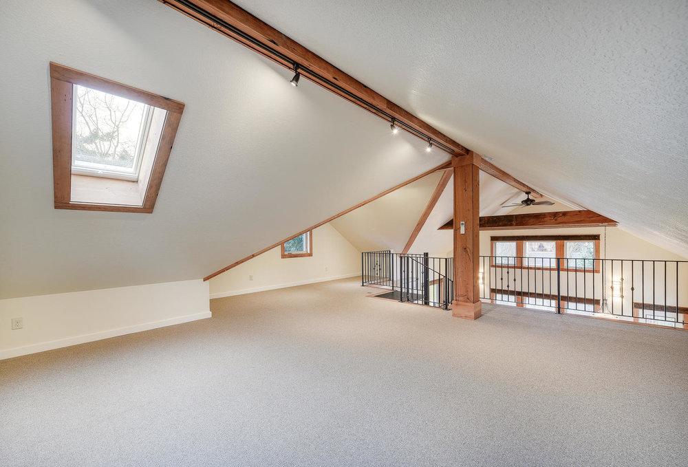 Harka Architecture_Sunnyside Home ADU_Loft.jpg