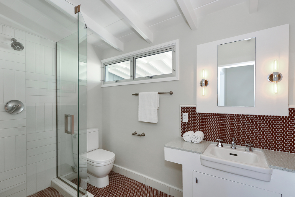 MV3 bathroom neo angle.jpg