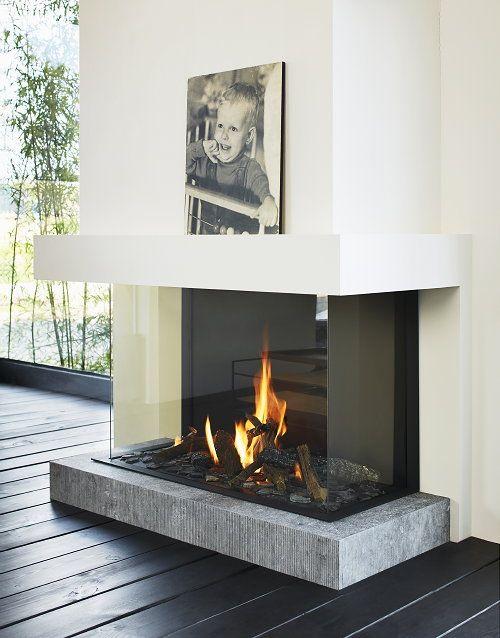 pic fireplace.jpg