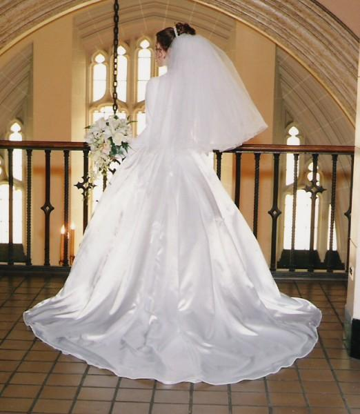 Need alterations? Want a wedding dress? Looking for a custom clothing designer? Look no further! Located in Berkley, MI, we have over 18 years of experience to help creating the gown of your dreams.