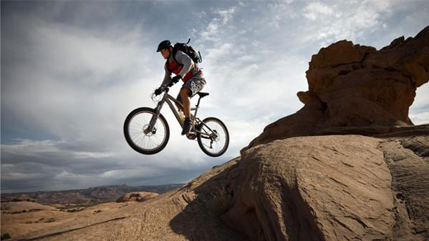 top 10 mountain biking trails in america — men's fitness