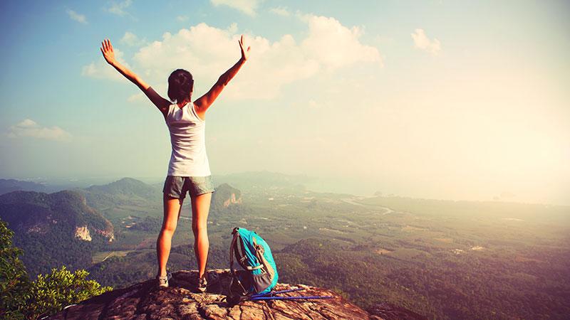 7 reasons every yogi should travel alone — yoga journal