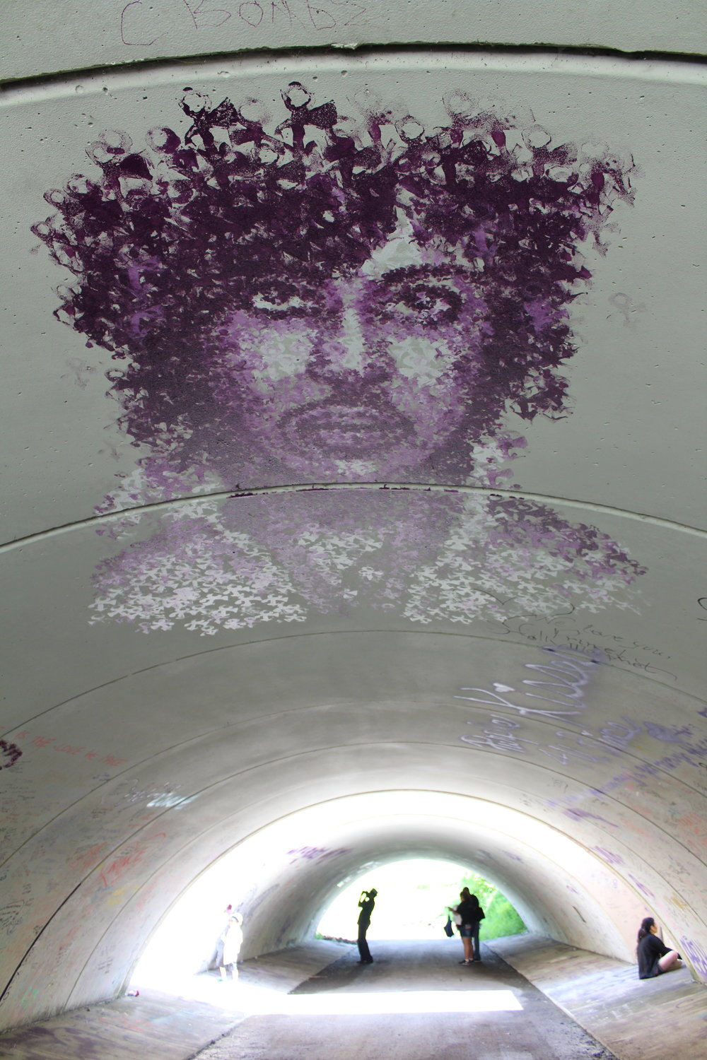 grafitti_tunnel2.JPG