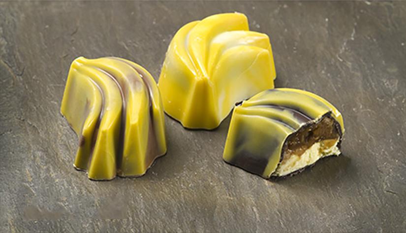 BANAAN Bananencrème met caramelcroquant €3,25 (125 gram) / €6,50 (250 gram)