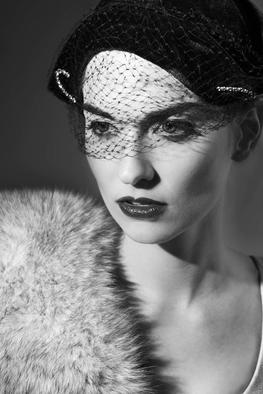 vintJill bw veiled hat_sm.jpg