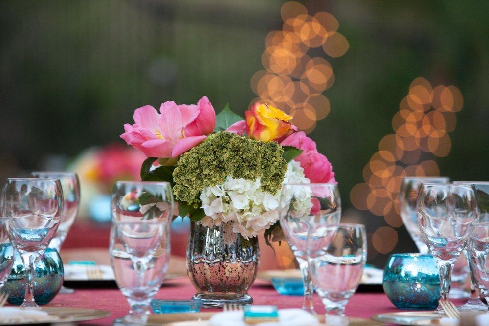 cannabis-wedding-table-setting