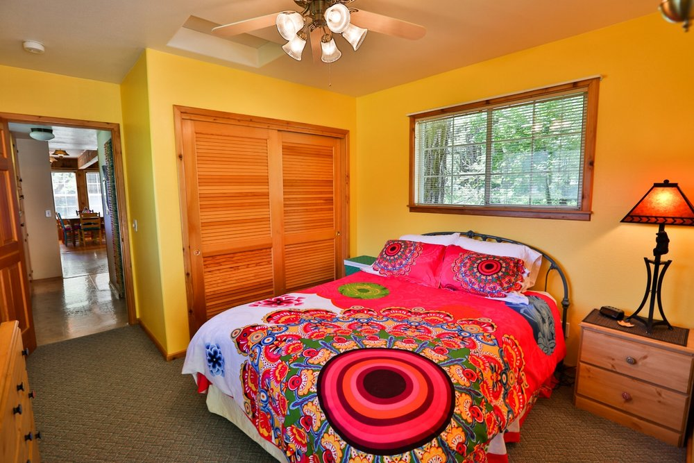 Gussie's house queen room at Feeling Groovy at Eagle Creek Ranch