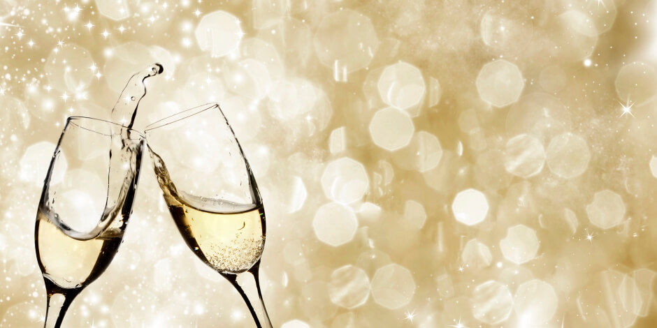 8 tips for an office holiday party on a budget