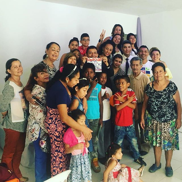 Jesus loves the little children of the world #Siloe #Colombia #Familia ❤️🤗