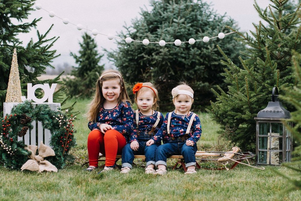 family-photography-christmas-mini-session.jpg