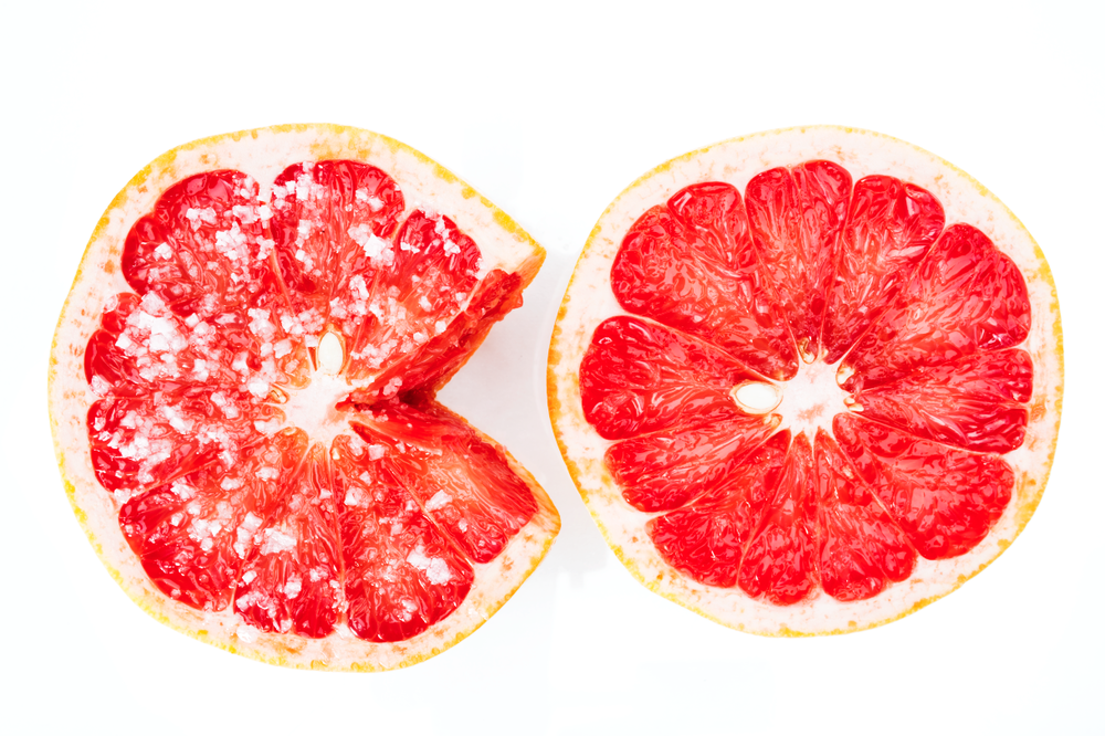 Blood oranges sprinkled with sea salt    ©Kenroy Lumsden