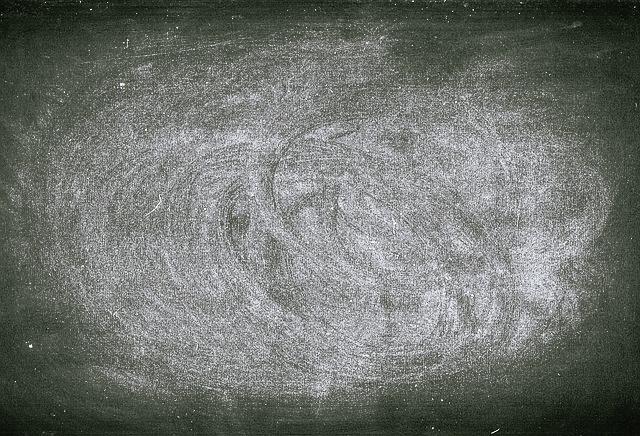chalkboard-1337809_640.jpg