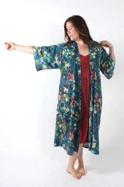 Suki Kimono by Helen's Closet