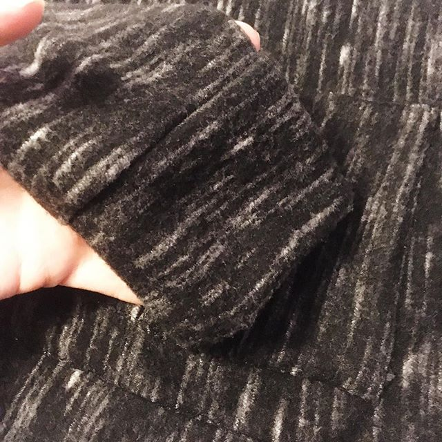 Finished my first sewing project of the year! 🎉 A Blackwood Cardigan that's had the nicest, softest, warmest cuffs! Can't wait to wear this out (in our -30 degree weather no less.... 😰). A blog post should be up in the next week or so! #blackwoodcardigan