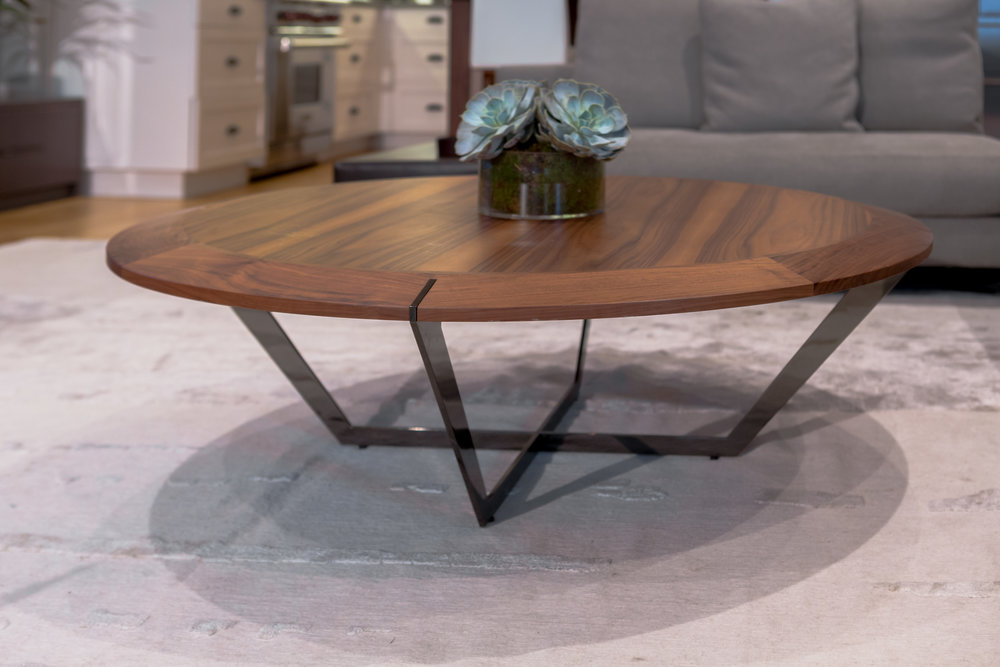 Marie-Burgos- Design.Diamond- Table-Large.MBcollection.front.jpg