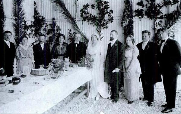 Sarah_Aaronsohn_wedding,_march_1914.jpg