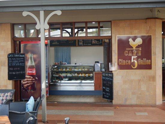 cafe-cinco-gallos-mundaring.jpg