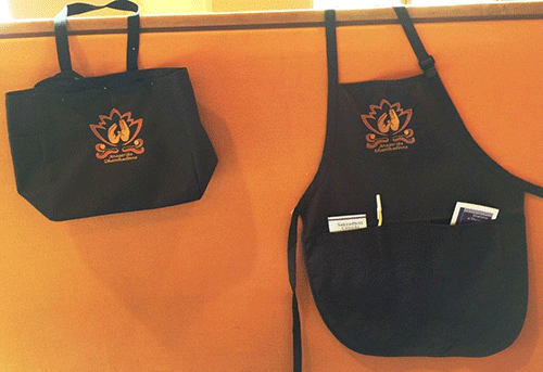 Memorial-bag-&-apron.png