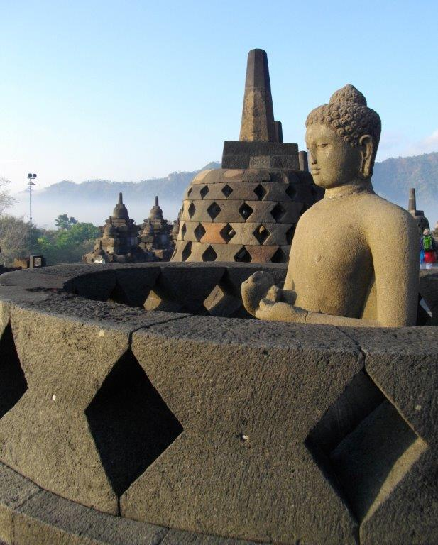 Borobudur 2 s.jpg