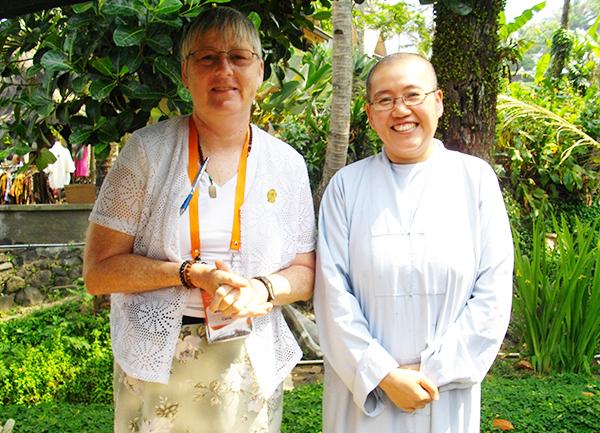 SI participants - sponsorship Linda Elder (Quang Vo Uy) & Venerable ThongNiem.jpg